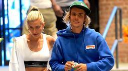 Setelah itu beredar kabar bahwa keduanya merayakan pernikahan mereka dalam ipacara mewah yang dihadiri teman dan keluarga. (Daily Mirror)