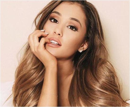 Ariana Grande/copyright pinterest