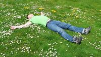 Ilustrasi tidur, bermimpi. (Gambar oleh Hans Braxmeier dari Pixabay)