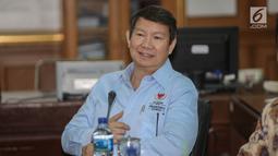 Direktur Komunikasi dan Media Badan Pemenangan Nasional (BPN) Prabowo-Sandi, Hashim Djojohadikusumo saat  mendatangi Kantor KPU, Jakarta, Jumat (29/3). Kedatangan BPN tersebut untuk membahas terkait laporan permasalahan DPT. (Liputan6.com/Faizal Fanani)