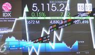 Volume perdagangan hingga sesi siang ini tercatat sebanyak 3,795 miliar saham senilai Rp 1,982 triliun. Sebanyak 163 saham naik, 111 saham melemah dan 89 saham stagnan, Jakarta, Jumat (25/11). (Liputan6.com/Angga Yuniar)