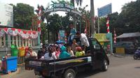 Mobil Bak Berwisata Ragunan (Nur Habibie/Merdeka.com)