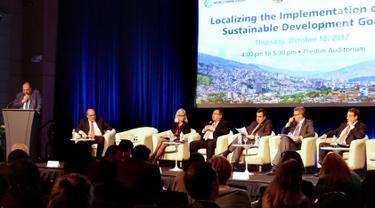 Menteri PPN/Kepala Bappenas, Bambang Brodjonegoro (keempat kiri) saat menjadi pembicara dalam World Bank Annual Meeting dengan topik Localizing the Implementation of the SDGs di Washington DC, Kamis (12/10). (Liputan6.com/Pool/Bappenas)