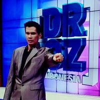 Namanya semakin mencuat di dunia hiburan setelah dirinya muncul sebagai host di dr. OZ Indonesia yang ditayangkan salah satu stasiun televisi swasta. Semasa hidupnya, dr Ryan Thamrin ini juga seorang motivator. (Instagram/drryanthamrin_asli)