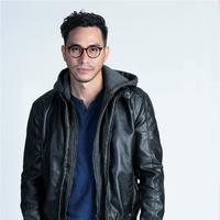 Darius Sinathrya, pemain film Asih. (Fotografer: Bambang E. Ros, Digital Imaging: Muhammad Iqbal Nurfajri /Fimela.com)