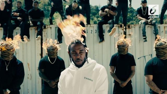 Kendrick Lamar berhasil menyabet Pulitzer Prize untuk kategori musik. Kejadian langka sekaligus memecahkan rekor pertama rapper yang mendapatkan penghargaan ini.