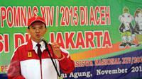 Gubernur DKI Jakarta, Basuki T Purnama memberikan pesan pada mahasiswa DKI Jakarta yang akan  berlomba di Pomnas XIV/Aceh di Balai Agung Jakarta, Selasa (10/11/2015). Jakarta menerjunkan 310 atlit berikut official. (Liputan6.com/Helmi Fithriansyah)