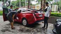 Mobil hybrid Toyota turut meramaikan Jamnas ke-6 Axic di Karawang, Jawa Barat. (Merdeka.com)