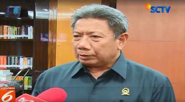 Majelis menilai alasan-alasan permohonan PK Nomor 11 PK/ PIT/ 2018 yang diajukan tidak dibenarkan.