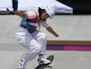 FOTO: Momiji Nishiya, Skater 13 Tahun Peraih Emas Termuda dalam Sejarah Olimpiade