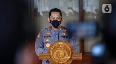 FOTO: Komisi III DPR dan Calon Kapolri Listyo Sigit Prabowo Beri Keterangan Bersama