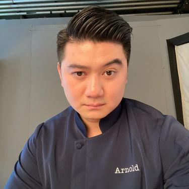 Chef Arnold Poernomo. (Foto: Instagram @arnoldpo)