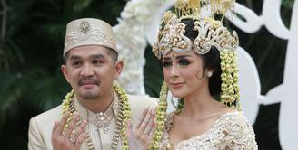 Selain Tommy Kurniawan dan Lisya Nurrahmi, ada juga yang tengah berbahagia, yakni Selvi Kitty dan Rangga Ilham Suseno. Keduanya telah resmi menikah pada Minggu (18/2/2018) kemarin. (Adrian Putra/Bintang.com)