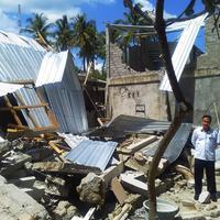 Kemnaker galang dana dan bantuan gempa bumi Lombok.