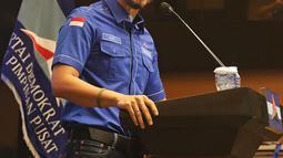 Ketum Partai Demokrat Agus Harimurti Yudhoyono atau AHY menggelar rapat pimpinan secara maraton di Gedung DPP Demokrat, Menteng, Jakarta Pusat, Minggu (7/3/2021). Kemudian malam nanti, dia akan menggelar apel siaga bersama 514 jajaran Dewan Pimpinan Cabang. (Liputan6.com/Herman Zakharia)