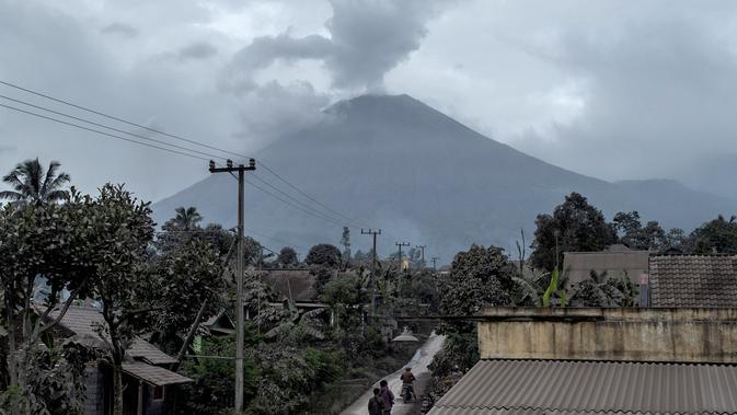 Berita Gunung Semeru Hari Ini Kabar Terbaru Terkini Liputan6 Com