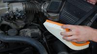 Berikut adalah harga filter udara untuk Honda Mobilio, Toyota Avanza, dan Suzuki Ertiga di situs jual beli online.