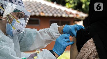 FOTO: DKI Jakarta Kerahkan Mobil Vaksin COVID-19 Keliling