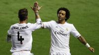 Dua bek Real Madrid, Sergio Ramos (kiri) dan Marcelo (kanan). (AFP/Jose Jordan)