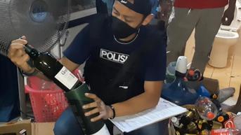Industri Rumahan Miras Impor Palsu di Cileungsi Bogor Digerebek Polisi