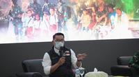 Gubernur Jabar Ridwan Kamil saat menghadiri Rapat Evaluasi Pemberlakuan Pembatasan Kegiatan Masyarakat (PPKM) Mikro di Kawasan Bodebek di Makodam Jayakarta, Kamis (4/3/2021). (Foto: Humas Jabar)
