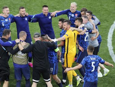 Foto Piala Eropa: Buat Kejutan, Timnas Slovakia Tundukkan Polandia