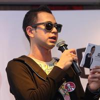 Raffi Ahmad ketika membawakan acara launching album barunya (Galih W. Satria/Bintang.com)