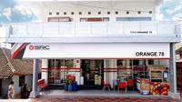 Sampoerna Retail Community (SRC), program pembinaan terhadap Usaha Kecil Menengah (UKM) di bidang ritel yang memiliki potensi pengembangan dalam aspek bisnis.