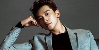 Seseorang yang ingin menjadi artis di Korea Selatan memang harus menjalani serangkaian latihan keras dan seleksi ketat. Proses itu sendiri dilakukan oleh agensi yang menaungi sang artis. (Foto: Soompi.com)