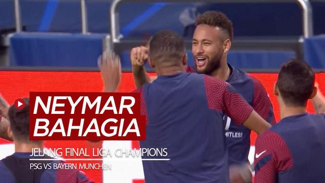 Berita video bintang PSG, Neymar, tampak bahagia menjalani latihan jelang laga final Liga Champions 2019/2020 melawan Bayern Munchen.