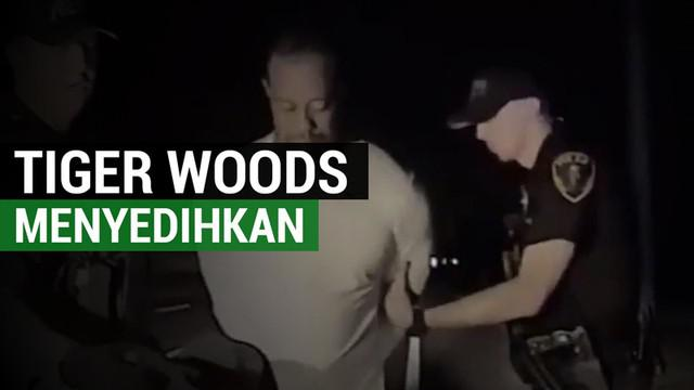 Berita video kondisi menyedihkan pegolf ternama Amerika Serikat, Tiger Woods, saat ditangkap. Pegolf 41 tahun ini ditangkap setelah ditemukan tidur di dalam mobil yang menyala dengan ban kempes di pinggir jalan. Woods diduga menyetir dengan pengaruh ...