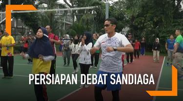 Sandiaga Uno lakukan persiapan debat capres cawapres ketiga dengan meminta masukan milenial dalam beberapa topik.
