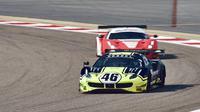 Valentino Rossi saat mentas pada ajang balap mobil ketahanan, Gulf 12 Hours di Bahrain, Sabtu (10/01/2021). (Twitter/Ferrari Races)