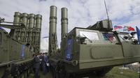 Sistem rudal Rusia S-300 telah dikirim ke Suriah (AP/Ivan Sekretarev)