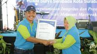 Perusahaan Daerah Air Minum (PDAM) Surya Sembada Surabaya merayakan Hari Jadinya ke 43, Minggu (24/11/2019). (Foto: Liputan6.com/Dian Kurniawan)