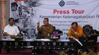 "Press Tour Kemnaker bertajuk ""Pembangunan Ketenagakerjaan Melalui Pengembangan Potensi Daerah"" di Balai Latihan Kerja (BLK) Lombok Timur (Lotim)."