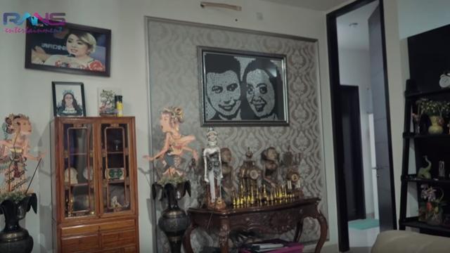 Potret Rumah Mewah Soimah di Jakarta (sumber: YouTube/RansEntertainment)