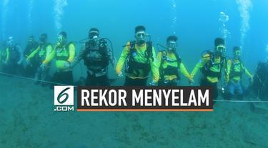 578 penyelam yang mengikuti pelaksanan pemecahan rekor dunia berhasil memecahkan rangkaian penyelam terpanjang di bawah air yang di laksanakan di Pantai Manado, tepatnya di Kawasan Mega Mas.