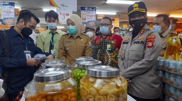 Manisan Berbahan Formalin dan Boraks Ditemukan di Pusat Retail di Palembang