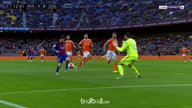 Berita video bintang Barcelona, Lionel Messi, sudah pasti bobol gawang lawan bila ada bek yang salah oper. This video presented by BallBall.