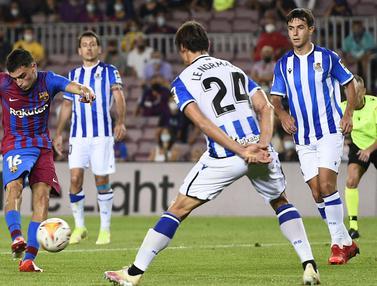 Foto: Dilarang Pasang Sponsor Judi, 3 Klub di Liga Spanyol Masih Pakai Jersey Polos saat Bertanding