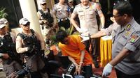 Salah satu tersangka anggota sindikat besar yang menjambret Dirjen PUPR (Liputan6.com/Ady Anugrahadi)