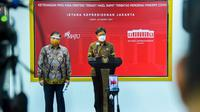 Menteri Koordinator Bidang Perekonomian RI Airlangga Hartarto dan Menteri Kesehatan RI Budi Gunadi Sadikin di Kantor Presiden Jakarta, Jumat (26/3/2021). (Biro Pers Sekretariat Presiden)