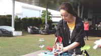Belajar melipat napkin di Novolympic : When You Become A Hotelier di Novotel Tangerang