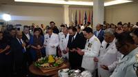 Sejumlah gubernur dan wakil gubernur yang dilantik di Istana bertemu Ketua Umum Nasdem Surya Paloh (Liputan6.com/ Putu Merta Surya Putra)