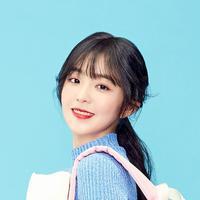 Irene memang selalu tampil cantik menawan dalam berbagai kesempatan. Saat menjalani wawancara dengan Jelly, ia pun mengungkapkan gaya makeup favoritnya. (Foto: soompi.com)