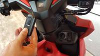 Honda Vario 150 mengadopsi fitur Smart Key. (Herdi/Liputan6.com)