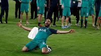 Pemain Tottenham Hotspur, Lucas Moura, berselebrasi setelah mengantar timnya lolos ke final Liga Champions 2019 setelah mengalahkan Ajax Amsterdam 3-2 di Amsterdam Arena, Kamis (9/5/2019) dini hari WIB. (AFP/Adrian Dennis)