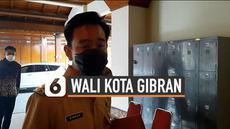 Gibran Rakabuming jalani hari pertama kerja di Balai Kota sebagai Wali Kota Solo. Putra Presiden Joko Widodo memiliki sejumlah agenda kerja sepanjang hari Senin (1/3).