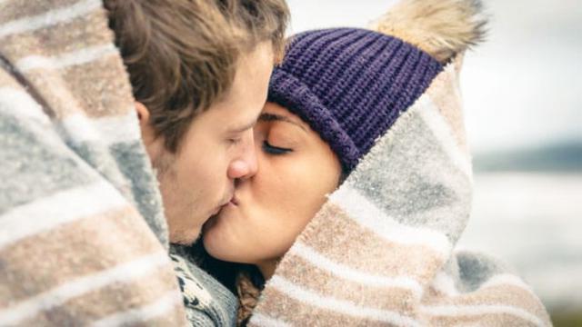 Ciuman Dengan Orang Lain Ternyata Bukan Selingkuh Lifestyle Liputan6 Com
